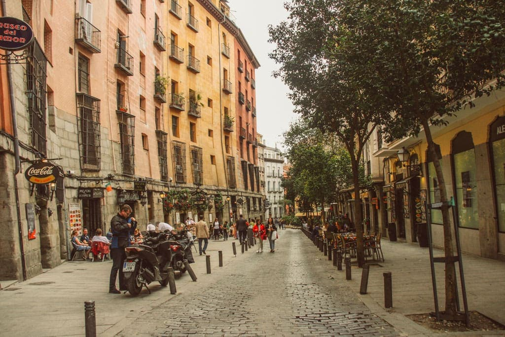 Cool things to do in Madrid - La Latina neighborhood