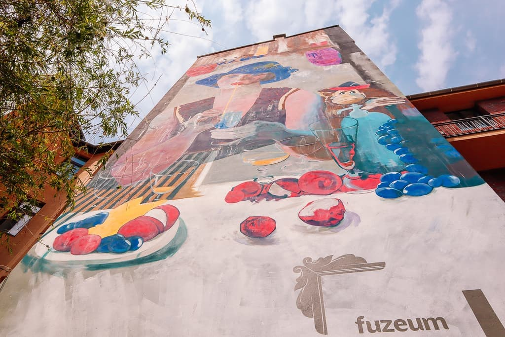 Budapest off the beaten track - mural in Budapest