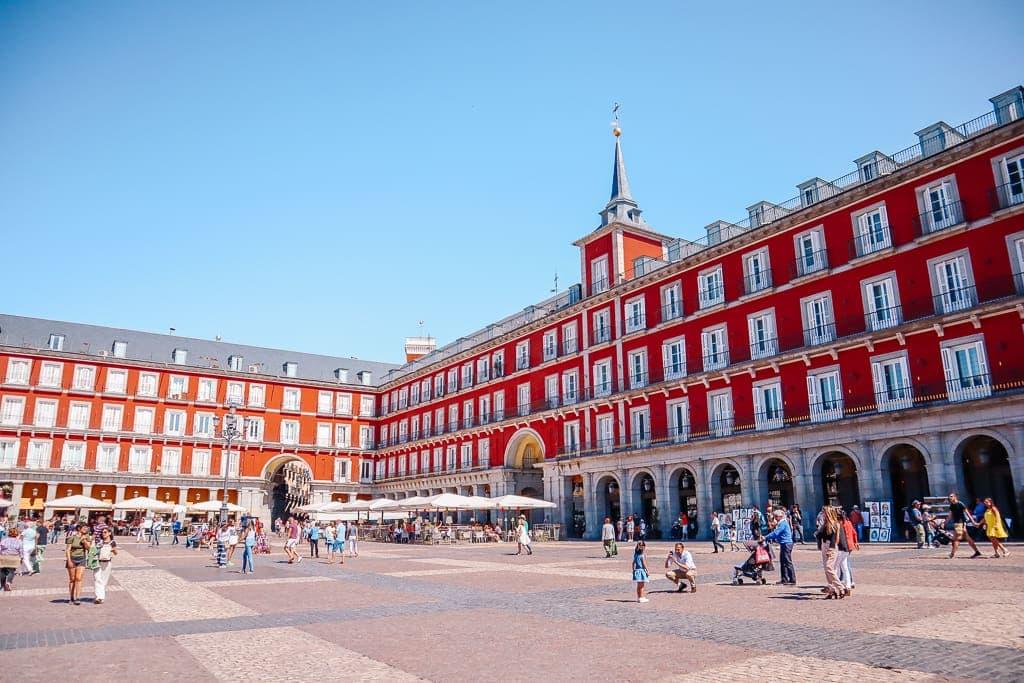 madrid tourist tips - Plaza Mayor