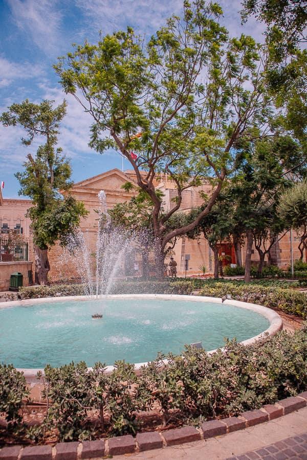 Malta images - Upper Barraca Gardens