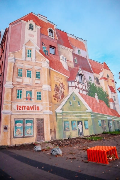 Top Things to do in Poznan - 3d mural