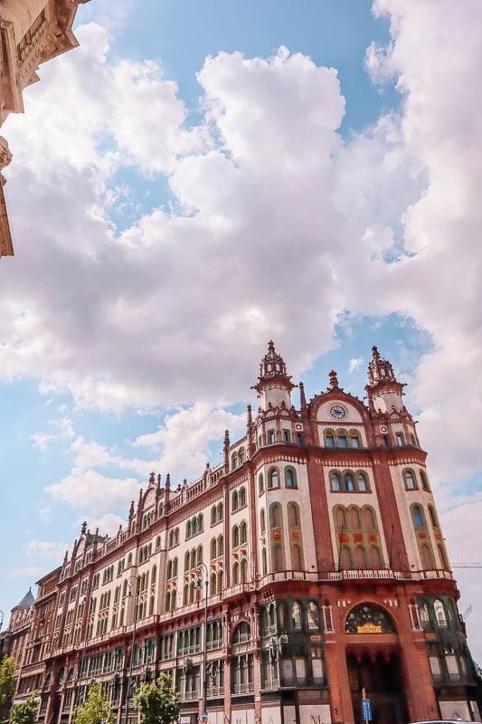 budapest photos gallery - Parisi Udvar hotel