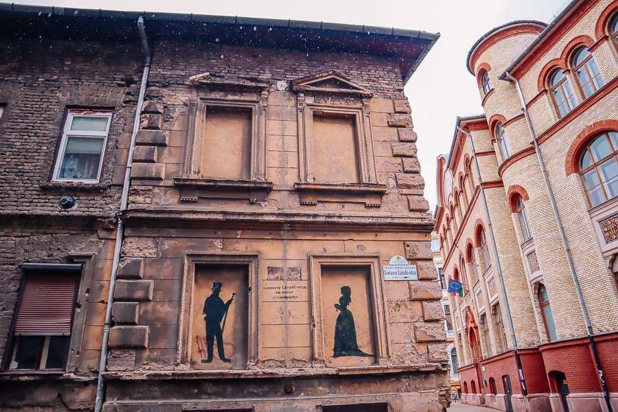 budapest best photos - old street corner