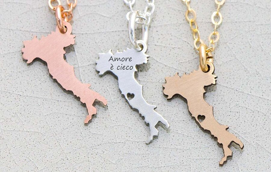 Italy shaped necklace